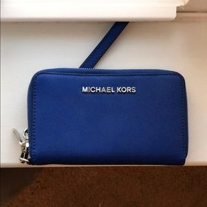 micheal Kors Jet Set Saffiano leather wallet